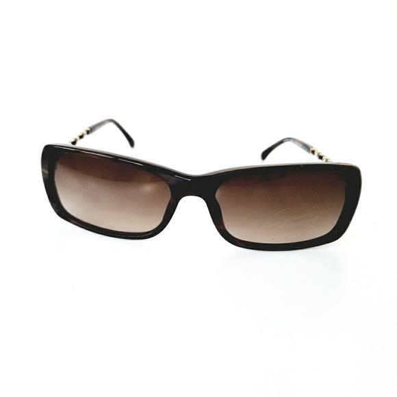 8ef0367a56ded CHANEL Accessories - Chanel 5209-Q Brown Tortoise Chain CC Sunglasses